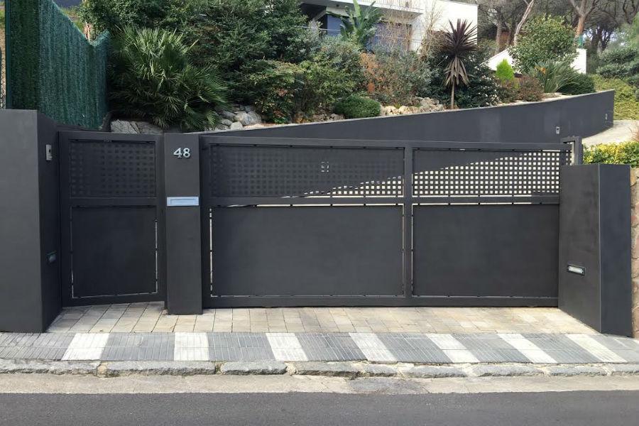 Inoxmetal vargas puertas de entrada de hierro - Fotos de puertas de hierro ...