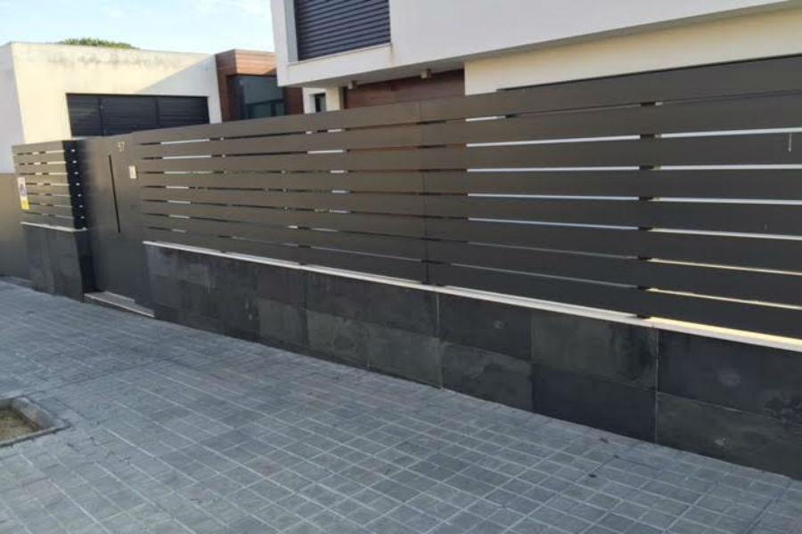 Inoxmetal vargas vallas de fachadas de hierro - Vallas para casas ...